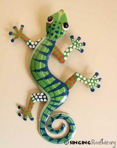 Haitian Art Large Metal Gecko Green / Navy