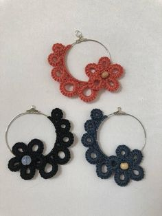 Your place to buy and sell all things handmade - Beautiful tatted lace pendant , frivolite , handmade knotted lace , tatted jewelry , vintage. Crochet Jewelry Patterns, Crochet Earrings Pattern, Tatting Patterns, Crochet Accessories, Jewelry Accessories, Tatting Earrings, Tatting Jewelry, Lace Jewelry, Diy Jewelry