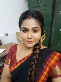 andhra pukku pooku new lates unsatisfied telugu wife photo pictures Beautiful Women Over 40, Beautiful Girl Indian, Most Beautiful Indian Actress, Beautiful Girl Image, Beautiful Long Hair, Beautiful Saree, Indian Natural Beauty, Indian Beauty Saree, Asian Beauty