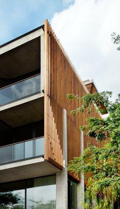 Sentosa House, Sentosa Island, Singapore by Architect Nicholas Burns