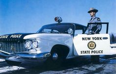 "1960 Plymouth - New York State Police Car - With a 361 cu ""Golden Commando"" Engine and 12 Inch Brakes. Police Uniforms, Police Officer, Armored Vehicles, Police Vehicles, Cruiser Car, Ford Mustang 1967, Old Police Cars, Police Lights, Police Patrol"