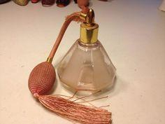 Vintage BULL'S HEAD Pink Glass PERFUME ATOMIZER Spray Bottle Vanity