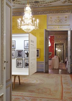 die Räume / Foto: (c) Bene Croy Albertina Wien, Design Studio, Gallery Wall, Home Decor, Architecture, Decoration Home, Room Decor, Home Interior Design, Home Decoration