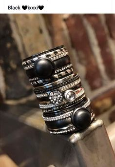 Jewelry Rings, Jewlery, Jewelry Accessories, Bangles, Bracelets, Beautiful Rings, Diamond Rings, Wedding Rings, Black Silver