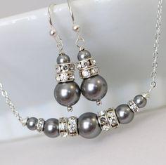 Collar de perlas gris sistema de la joyería de Swarovski gris