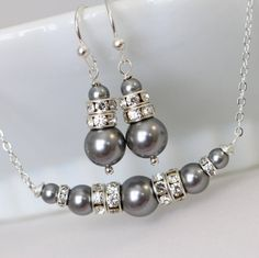 Grey Pearl Necklace, Swarovski Grey Bridesmaid Jewelry Set, Personalized Bridesmaid Gift, Mother of the Bride Gift, Maid of Honor Gift