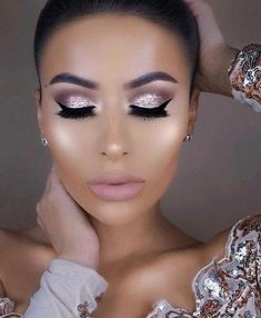 Amrezy - - Amrezy Beauty Makeup Hacks Ideas Wedding Makeup Looks for Women Makeup Tips Prom Makeup ideas Cut Natura. Wedding Makeup Tips, Prom Makeup, Bridal Makeup, Buy Makeup, 2017 Makeup, Eyeshadow Looks, Eyeshadow Makeup, Eyeshadows, Shimmer Eyeshadow