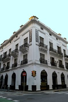 Hotel La Giralda, Buenos Aires Roger Waters, Most Beautiful Cities, Cityscapes, South America, Wander, Rome, Life Is Good, Madrid, Spanish