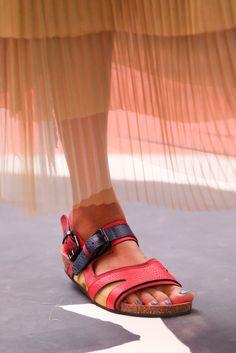 Spring 2015 Ready-to-Wear - Burberry Prorsum