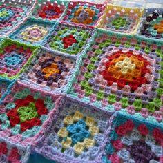 Mias Landliv. Crochet.