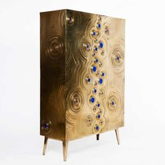 """""""Every furniture piece Mattia Bonetti created is very exclusive and it primes for it extravagancy. Have a look into the most extravagant cabinets he created."""" http://iloboyou.com/most-extravagant-cabinets-by-mattia-bonetti/"""