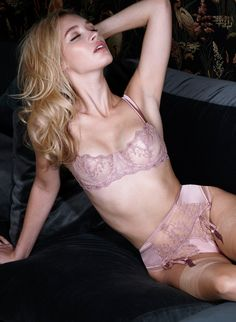 This rose gold balconette bra is embroidered with stunning detailed lace, match the vintage style bra with the thong and suspender for a sensual look.