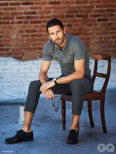 givin' me some cropped pant goodness. noah mills for GQ style mexico.