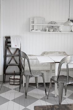 FLOOR ♅ Dove Gray Home Decor ♅ white and grey retro kitchen Painted Floorboards, Painted Floors, Gray Interior, Interior Design, Nordic Interior, Sweet Home, Grey Home Decor, Kitchen Flooring, Kitchen Countertops