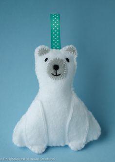 DIY: polar bear ornament #Christmas