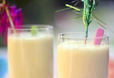 Smoothie à la Piña Colada Glass Of Milk, Smoothies, Healthy, Food, Pina Colada, Pineapple, Alcohol, Smoothie, Essen