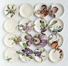 Teller mit Blumenmotiven bemalen - vintage Look antäuschen
