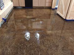 The process of acid staining our concrete floors. Acid stains have a lot of advantages over traditional stains and paints for concrete floors. Stained Concrete Floors Cost, Acid Wash Concrete, Water Based Concrete Stain, Diy Concrete Stain, Concrete Basement Floors, Concrete Cost, Concrete Countertops, Concrete Garages, Plywood Floors