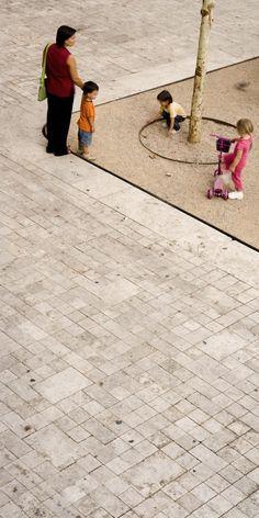 Remodelación del Casco Antiguo de Banyoles / MiAS Arquitectes Remodelación del Casco Antiguo de Banyoles / Josep Miàs (4) – Plataforma Arquitectura