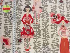 Rivoli Girls, natural  Designerstoff von Alexander Henry     Wenn mehr oder weniger als 0,5 Meter vom Stoff benötigt werden, bitte dies einfach bei...