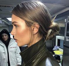 Low Bun Hairstyles, Elegant Hairstyles, Pretty Hairstyles, Celebrity Hairstyles, Vintage Hairstyles, Wedding Hairstyles, Hair Day, New Hair, Hair Inspo