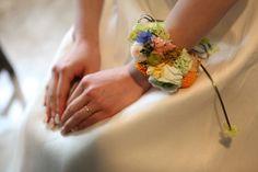 新郎新婦様からのメール ホテルニューグランド様へ 深い緑の中の地球 : 一会 ウエディングの花