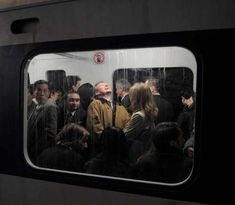 Take a look at this modern photojournalism that accidentally looks like Renaissance Paintings. These awesome pictures nailed the Renaissance art look, and they weren't everything. Renaissance Paintings, Renaissance Art, Film Photography, Street Photography, Framing Photography, Photography Lighting, Documentary Photography, Photography Business, City Photography