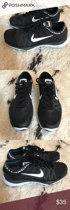 Nike Sneakers Nike sneakers with fitsole. Nike Shoes Sneakers