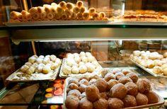 Las pastelerías de la región han preparado más de 338.000 kg de dulces típicos de 'Todos los Santos' para el consumo desde el 1 hasta el 4 de noviembre.