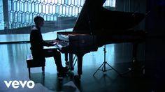 Preview, download or stream: https://dg.lnk.to/vikingur_glass_pianoworks Víkingur Ólafsson – Philip Glass: Étude No. 5 – Classical Music – Philip Glass: Pian...