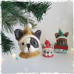 Ravelry: Frenchie Christmas Bauble pattern by Belle & Grace Handmade Crochet Christmas Hearts, Christmas Baubles, Merry Christmas, Dog Ornaments, Hanging Ornaments, Crochet Cowl Free Pattern, Crochet Patterns, Sewing Patterns, Cute Crochet