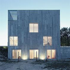 House in Las Rozas by spanish architects Abalos & Herreros.