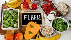 Fibrous diet helps you to have a healthy gut bacteria. A healthy diet filled with recommended fiber amount can keep you away from most of the problems and gift you a happy and long life. I have listed all disease which benefitted from fiber foods. University Of Michigan, Health Benefits Of Fiber, Healthy Dinner Recipes, Diet Recipes, Healthy Meals, Vegetable Nutrition, Plant Based Diet, Healthy Baking, Smoothie