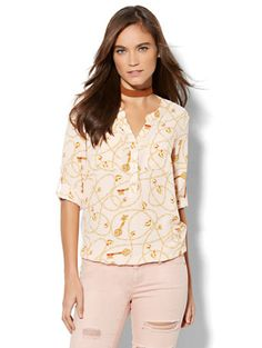 Shop Soho Soft Shirt - Bubble Hem - Lock & Key Print. Find your perfect size online at the best price at New York & Company.