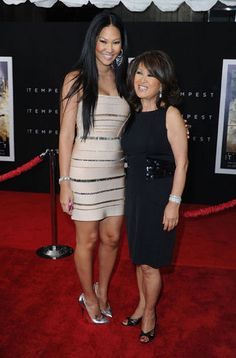 """Asian & Black Couples — Kimora Lee Simmons with her mother, Joanne """"Kyoko"""". Celebrity Pictures, Celebrity Style, Celebrity Babies, Black Celebrity Kids, Celebrity Couples, Black Celebrities, Celebs, Beautiful Black Women, Beautiful People"""