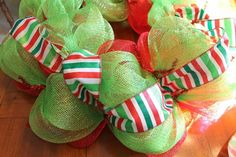 how to add ribbon to mesh wreath