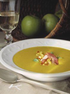 Crema de acelgas - Cenas ligeras... ¡De cuchara! Dairy Free Recipes, Healthy Recipes, Spanish Kitchen, Mexican Food Recipes, Ethnic Recipes, Cream Soup, Fodmap, Free Food, Curry