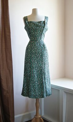 Vintage 1950's Dress // 50's Silk Fortune Cookie by xtabayvintage, $198.00