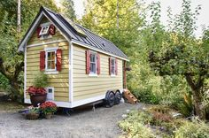 Tiny house for rent in Olympia, WA. Overlooks Puget Sound in a rural setting.