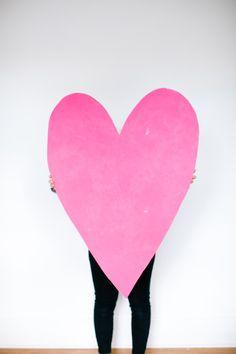 Valentine's Day DIY // giant heart art prop