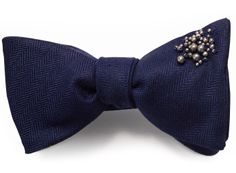 Simple yet effective, I'm feeling this bow tie