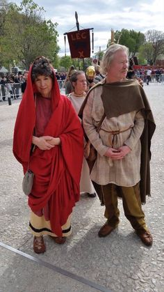 """""""My and my Gaul"""" - Author Caroline Lawrence as Flavian lady with her husband Richard the Gaul at Les Grands Jeux Romains at Nîmes, April 2016"""