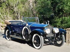 Bid for the chance to own a 1924 Rolls Royce Silver Ghost Pall Mall Tourer at auction with Bring a Trailer, the home of the best vintage and classic cars online. Old Classic Cars, Classic Cars Online, Vintage Cars, Antique Cars, Retro Cars, Vintage Items, Classic Rolls Royce, Pall Mall, Rolls Royce Cars