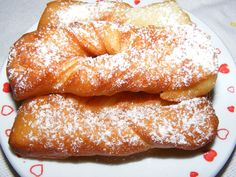 Romanian Desserts, Romanian Food, Easy Desserts, Bagel, I Foods, Doughnut, Cookie Recipes, Food To Make, Nom Nom