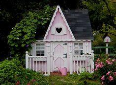 Super cute cottage house...