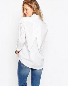 ASOS – Schmal geschnittenes, weißes Boyfriend-Hemd mit Plisseefalten hinten