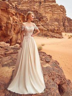 #casamentoscombr #casamentos #casamentosbrasil #wedding #bride #noivas #vestidodenoiva #noiva #modanupcial  #OksanaMukha