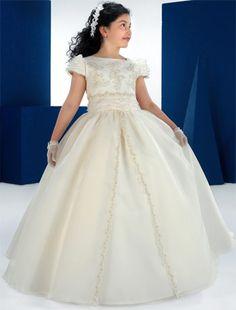 vestidos de comunion para niñas carmy 2012 6 novias - Trajes de primera comunion