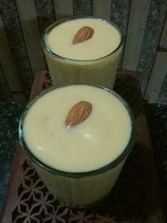 manjuz kitchen: Papaya smoothie with goodness of oats and nuts