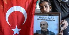 Van Özalp'ta AK Parti İlçe Başkan Yardımcısı Aydın Muştu'nun PKK'lılarca katledilmesinin ayrıntıları ortaya çıktı. Bir hafta önce